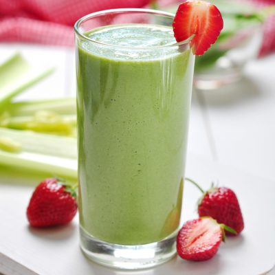 Kale Strawberry Smoothie