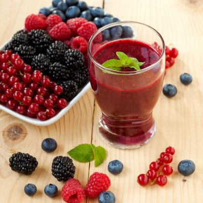 Berry, Pomegrante, and chard diet and detox smoothie