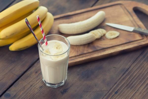 fresh banana smoothie