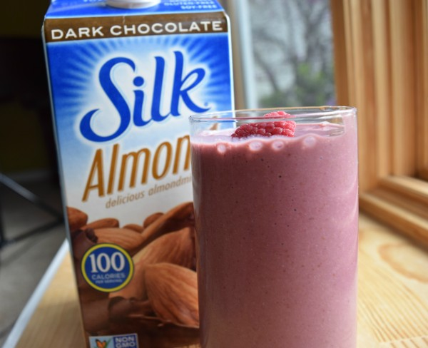 silk almond milk smoothie