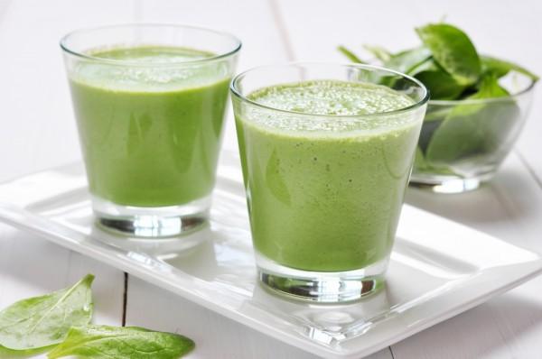 Avocado Cucumber Green Drink with Garlic