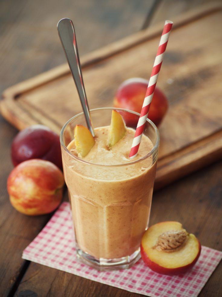 Blueberry-Peach Anti-Aging Smoothie